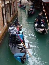 Gondola rush hour